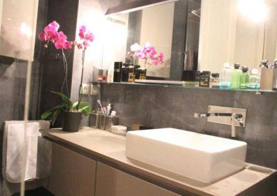 cosy-salle-de-bain-appartement-familial-chic