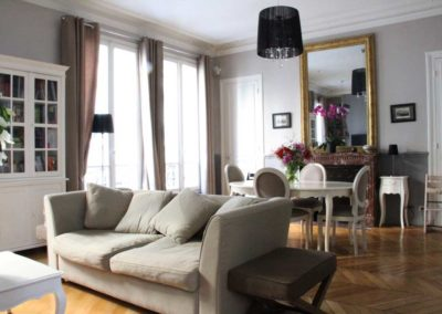 cosy-salon-détente-appartement-familial-chic