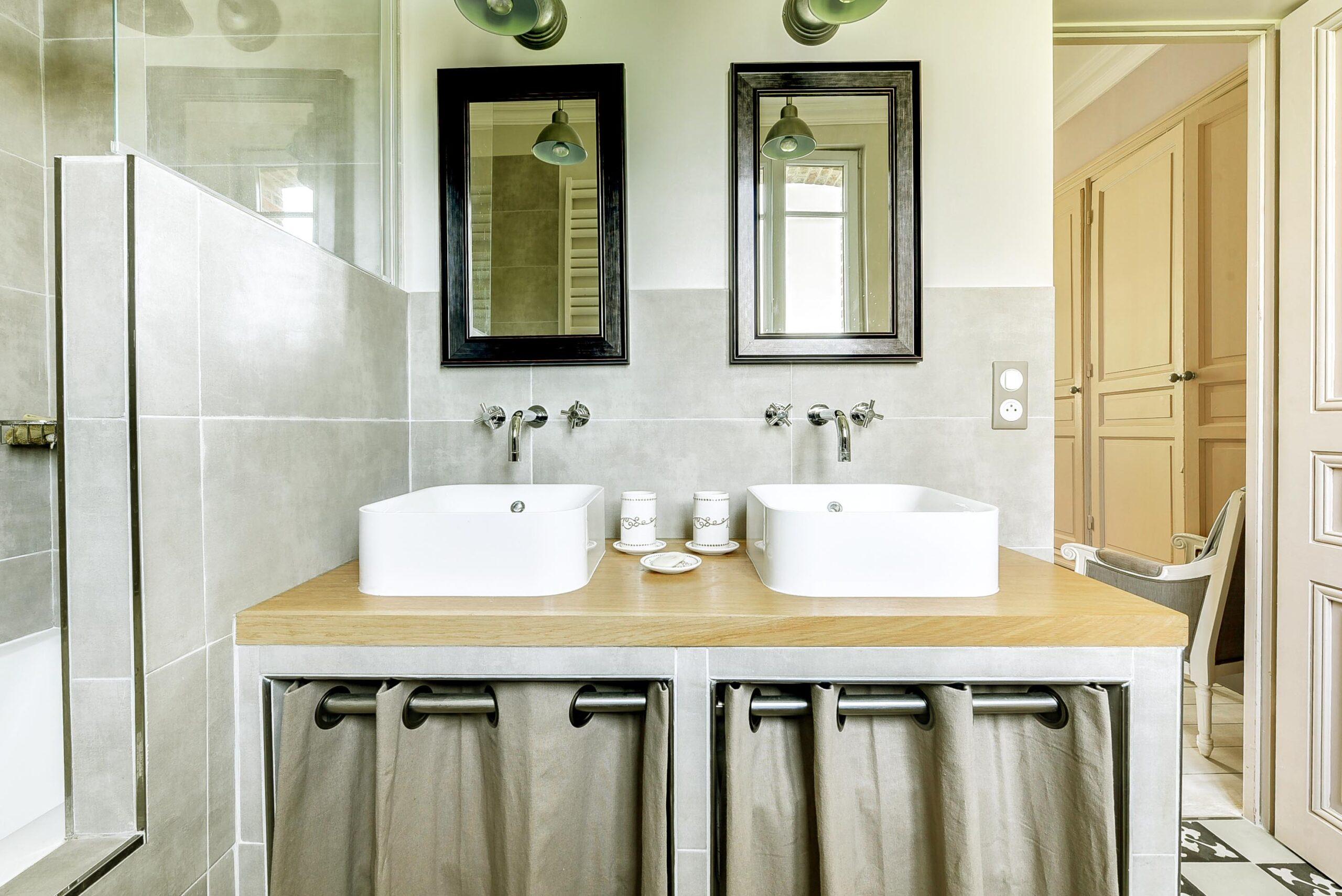Vasque Salle De Bain Sur Plan De Travail salle de bain cosy et naturelle - cosy side - design d